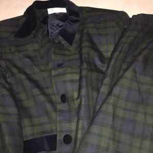 Le Suits 2 piece Jacket Skirt